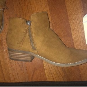 American Eagle Outfitters Booties